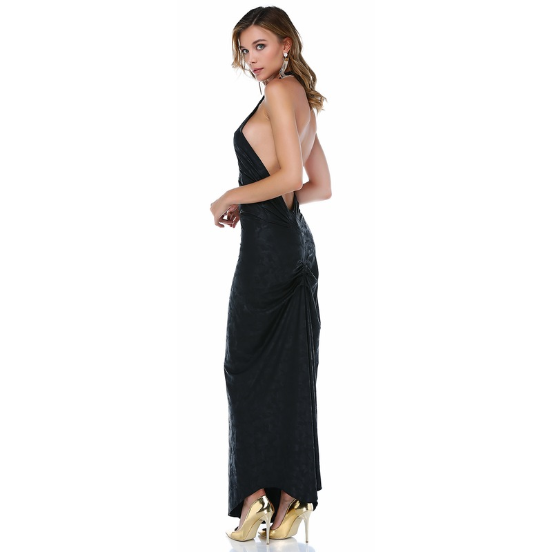 e14808c368d7a TANTRONA Sırt dekolte boyundan bağlı uzun deri abiye elbise - Glami ...
