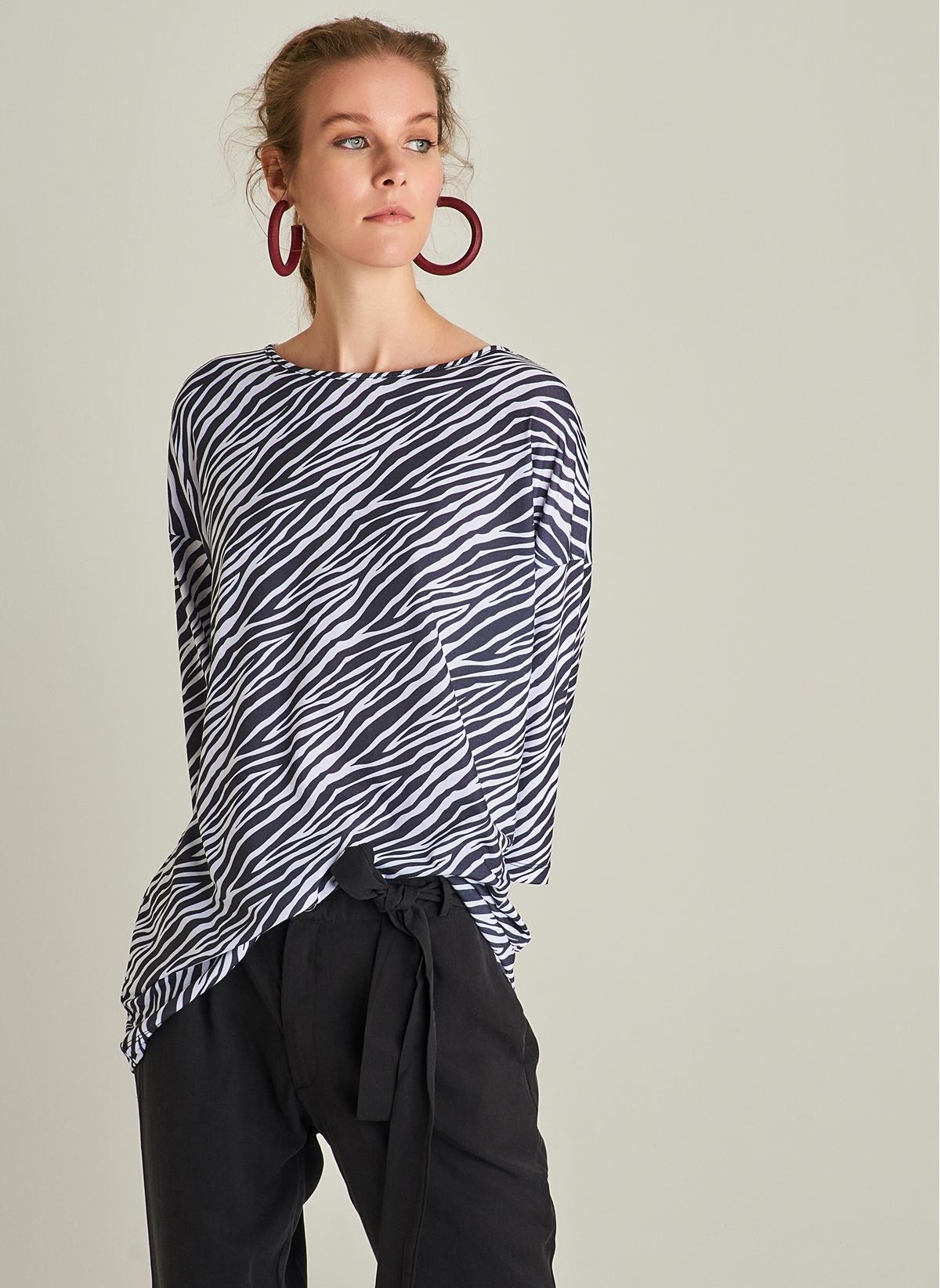 fa86a27a95295 Ng Style Kadın Zebra Desenli Tunik Tişört Beyaz - Glami.com.tr