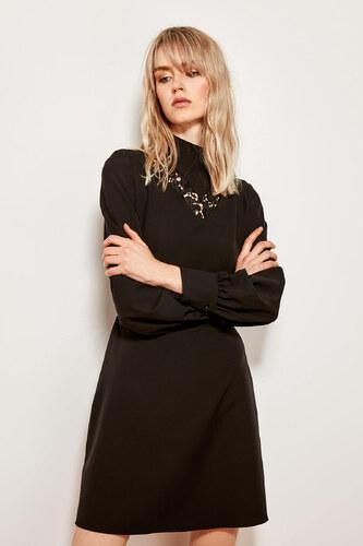 d6bff247076d0 TRENDYOLMİLLA Siyah Dantel Yakalı Elbise TCLAW19EH0272 - Glami.com.tr