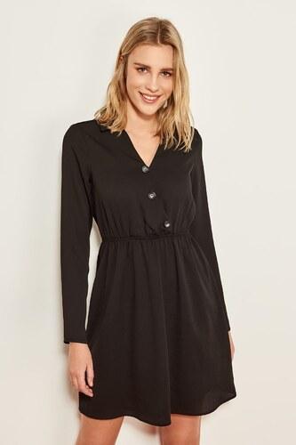 0267779e1cb52 TRENDYOLMİLLA Siyah Düğme Detaylı Elbise TCLSS19YD0014 - Glami.com.tr