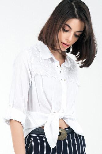 1729073ebd8d1 By Saygı Kadın Beyaz Yıkamalı Dantelli Koton Gömlek S-19Y2800006 ...