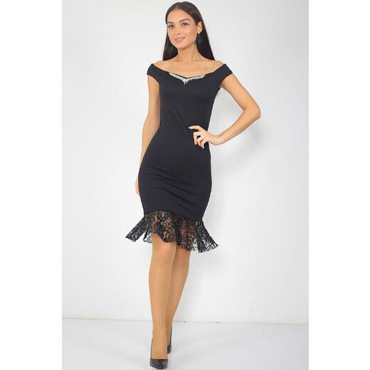 d61c884a75256 By Saygı Kadın Siyah Eteği Dantel Parçalı Kolyeli Abiye Elbise S-18K0290045  - Glami.com.tr